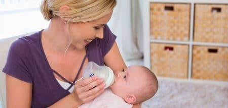 בקבוק לתינוק מסדרת נטורל פילינג – Natural Feeling