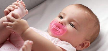מוצצים לתינוק – כיצד לבחור את המוצץ המתאים לתינוקך?